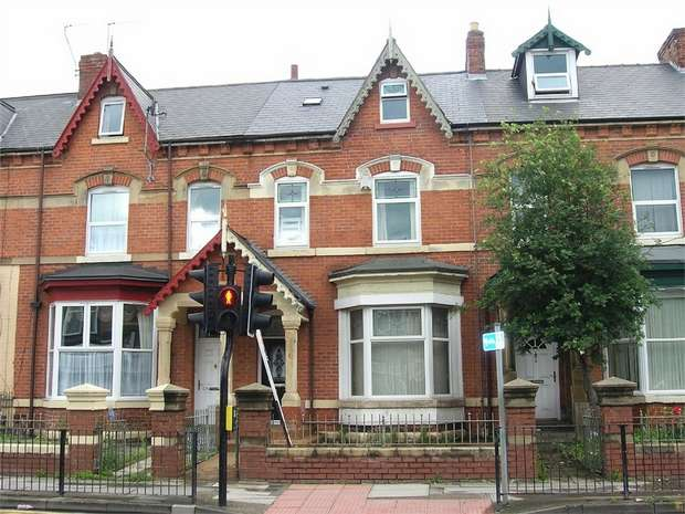 6 Bedrooms Terraced House for sale in Marton Road, Middlesbrough, North Yorkshire