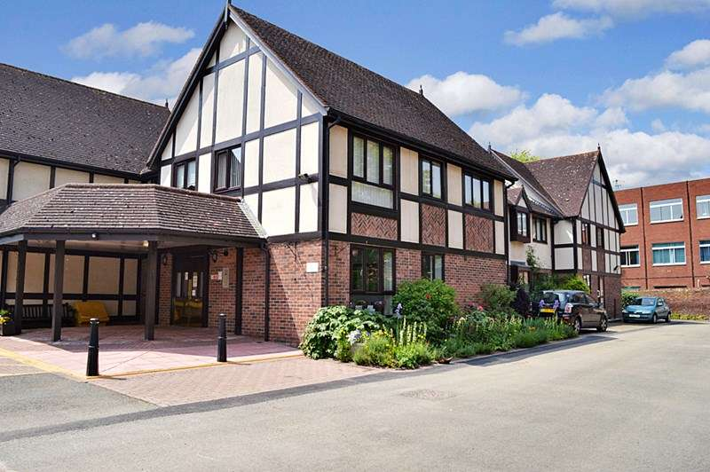 3 Bedrooms Retirement Property for sale in The Cedars, Shrewsbury, SY2 6BY