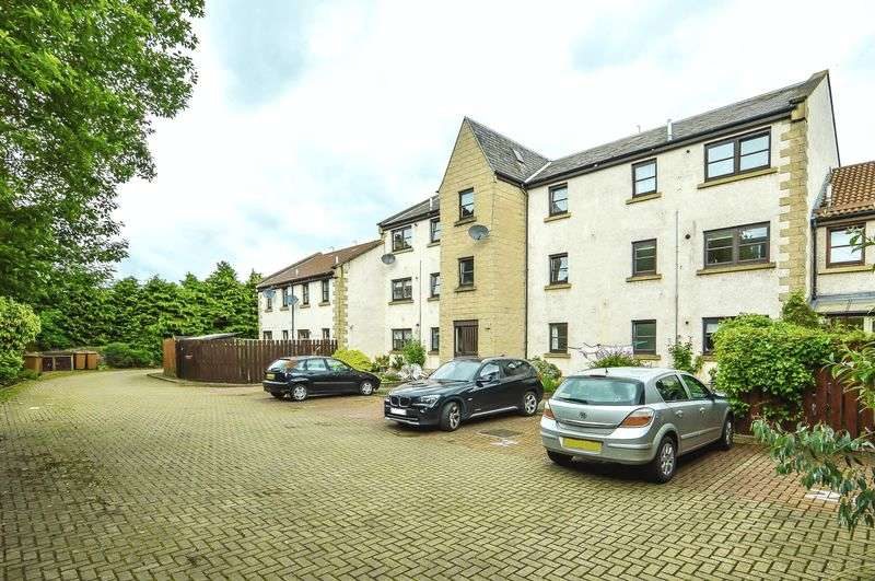 2 Bedrooms Flat for sale in 19/5 Rose Lane, South Queensferry, Edinburgh, EH30 9XW