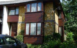 4 Bedrooms End Of Terrace House for sale in Manor Close, London