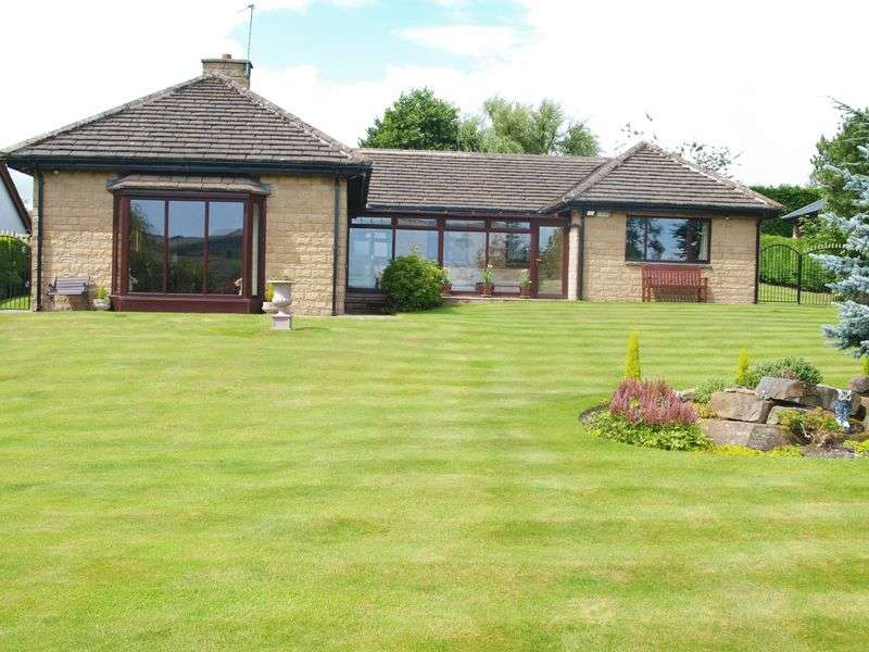 3 Bedrooms Detached Bungalow for sale in Lake Side, Littleborough, OL15 0DD