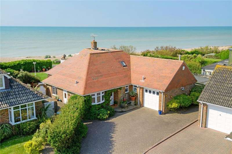 5 Bedrooms Detached House for sale in Lamorna Gardens, Ferring, Worthing, West Sussex, BN12
