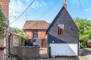 3 Bedrooms Detached House for sale in High Street, Yalding, Maidstone, Kent
