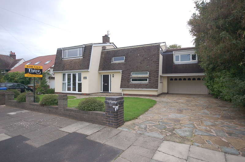 5 Bedrooms Detached House for sale in The Grove, Thornton-Cleveleys