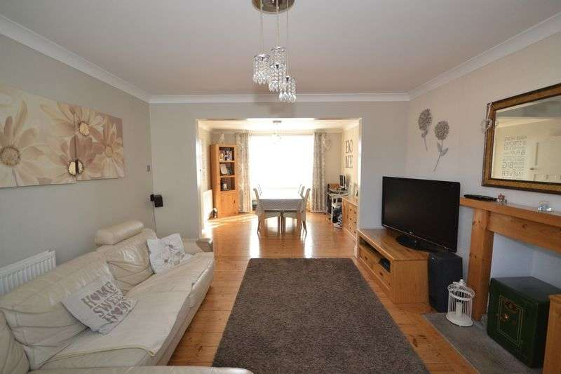 3 Bedrooms Terraced House for sale in Summerhill Road, St George, Bristol