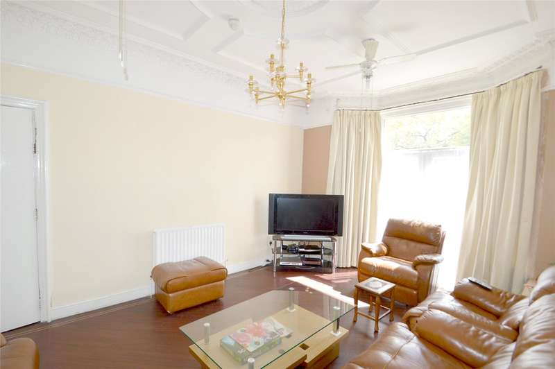 7 Bedrooms Detached House for sale in Woodside Green, London