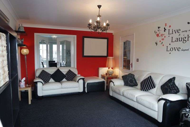 4 Bedrooms Detached House for sale in Foxwood Close, Worksop
