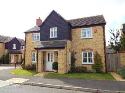 4 Bedrooms Detached House for sale in South Petherton, Somerset