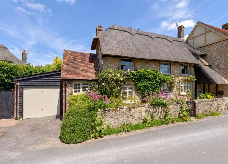 3 Bedrooms Cottage House for sale in Church Street, Amberley, Arundel, West Sussex, BN18