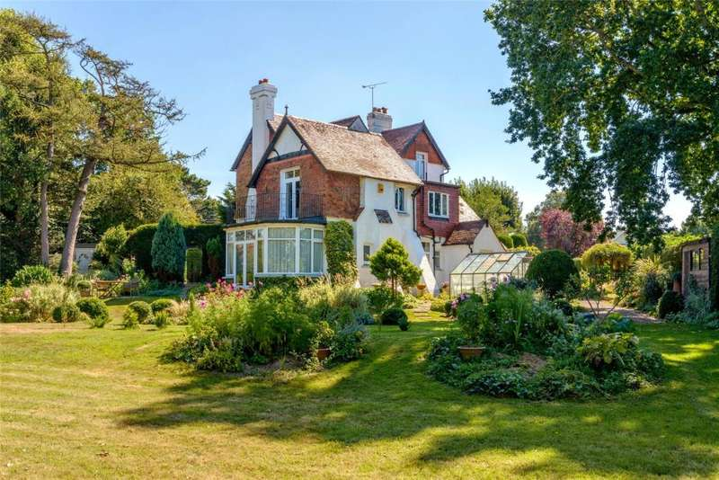 5 Bedrooms Detached House for sale in Church Lane, Barnham, West Sussex, PO22