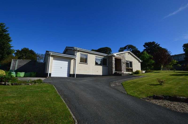 4 Bedrooms Detached Bungalow for sale in Grange Close, Uphill