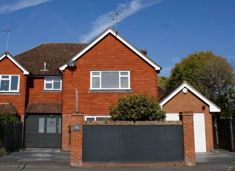 4 Bedrooms Semi Detached House for sale in Institute Road, Marlow