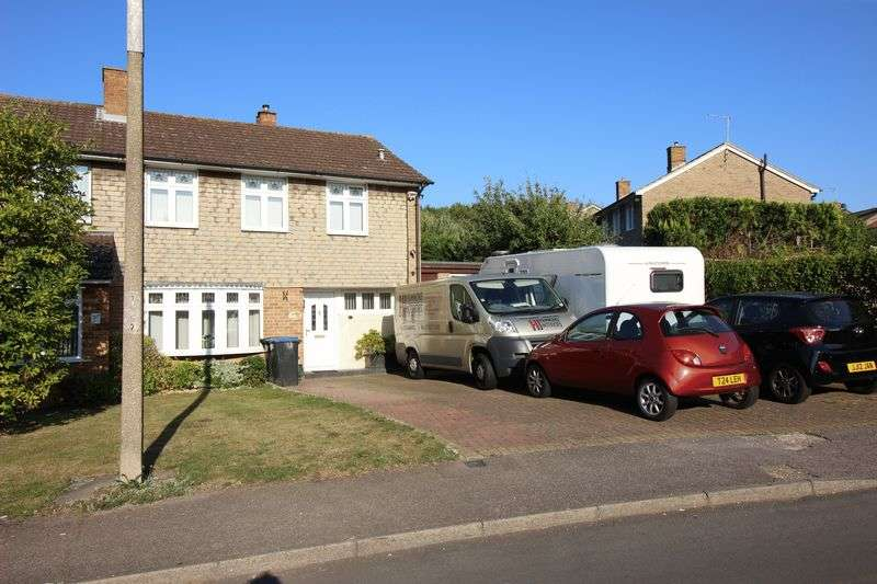 3 Bedrooms Semi Detached House for sale in Ram Gorse, Harlow, CM20