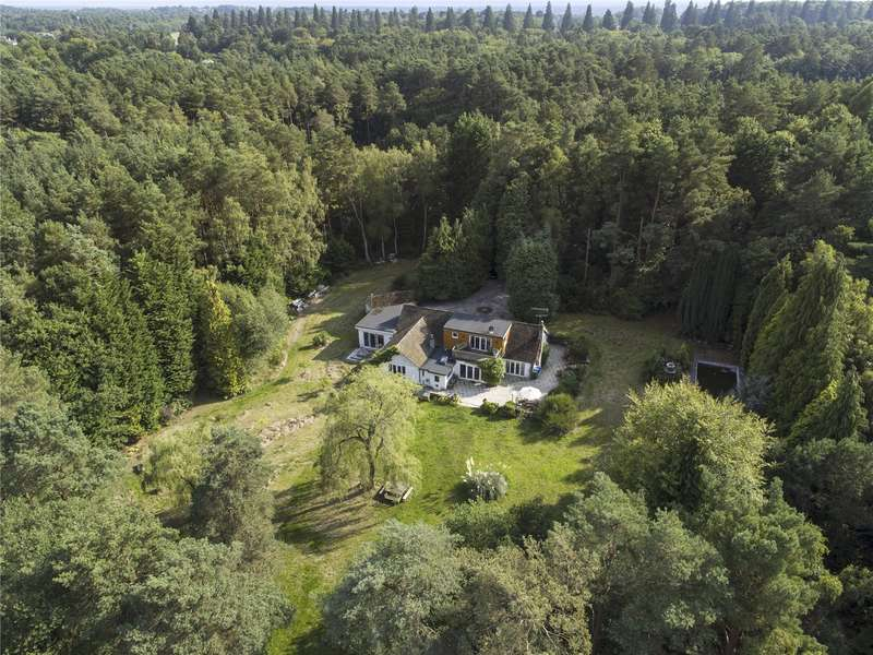 4 Bedrooms Detached House for sale in Roman Ride, Crowthorne, Berkshire, RG45