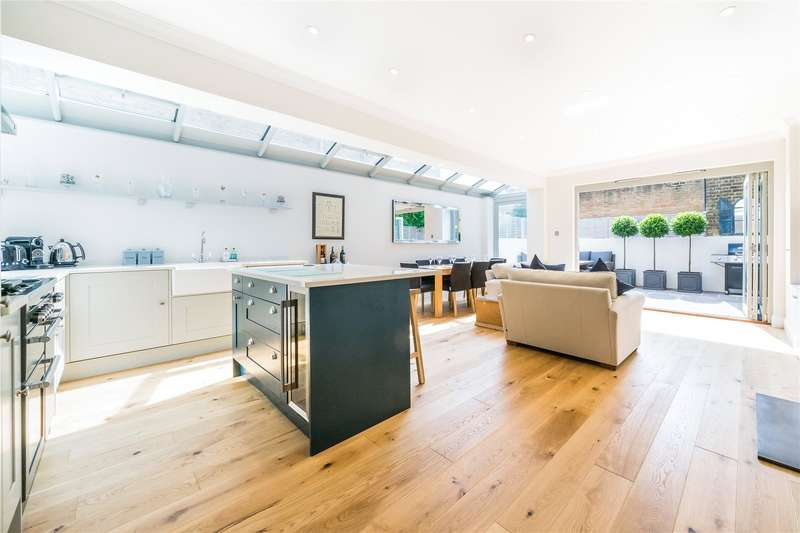 Flat in  Danehurst Street  London  SW6  Richmond
