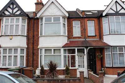 Terraced house in  Risingholme Road  Harrow  HA3  Richmond