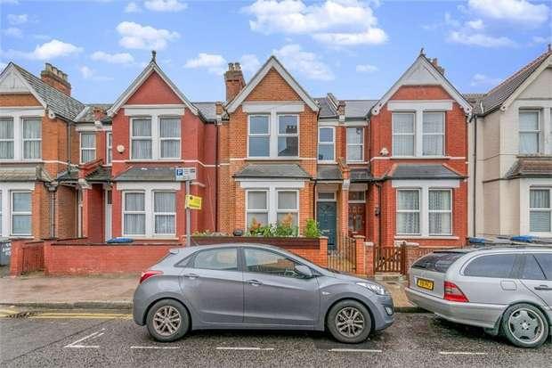 Flat in  Larch Road  London  NW2  Richmond