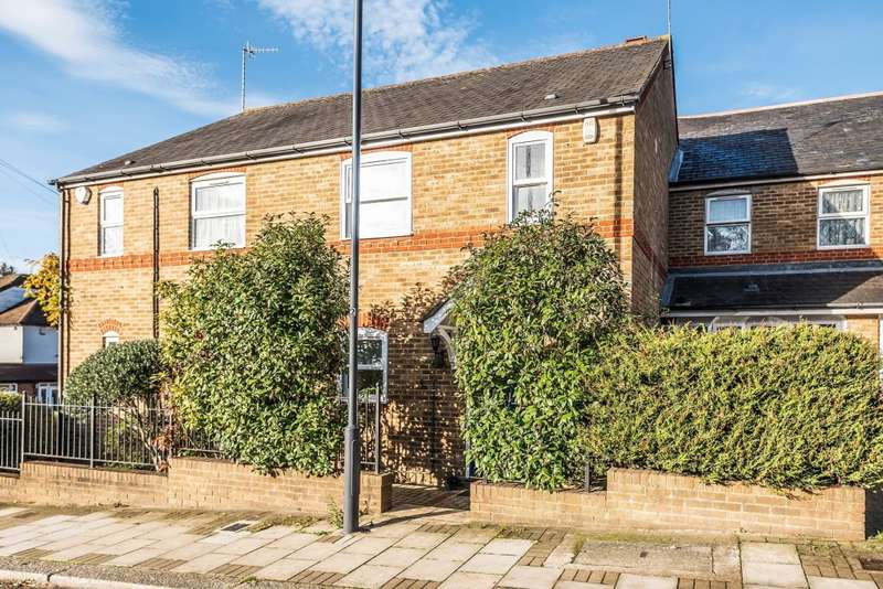 Semi Detached in  Ashbourne Avenue  Harrow  HA2  Richmond
