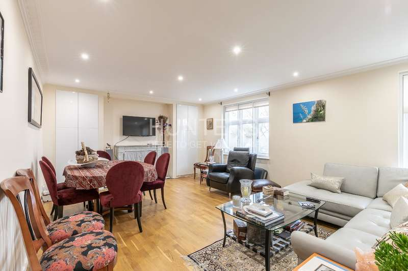 Flat in  Holford Road  London  NW3  Richmond