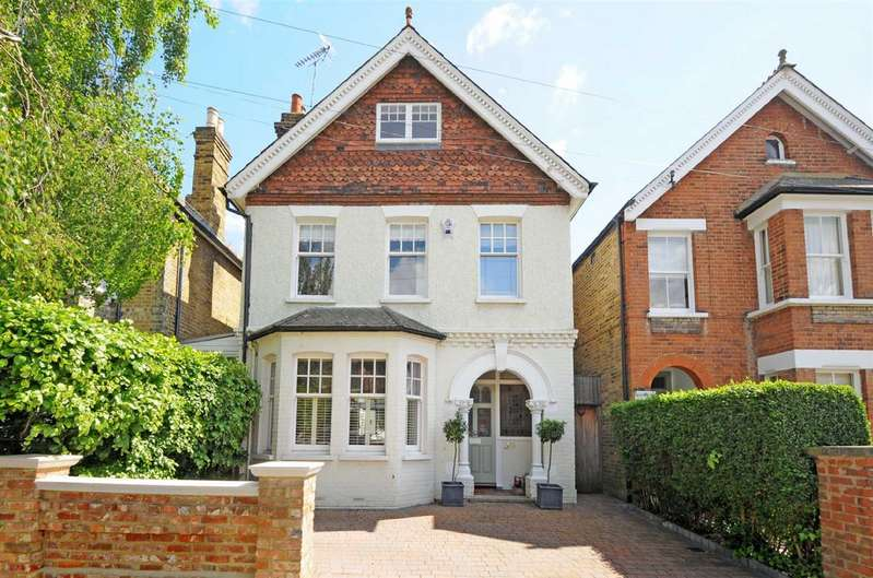 Detached house in  St Albans Road  Ham  Kingston Upon Thames  KT2  Richmond