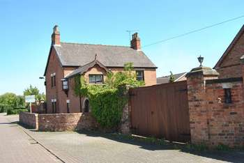 4 Bedrooms Detached House for sale in Parkers Lane, Scunthorpe