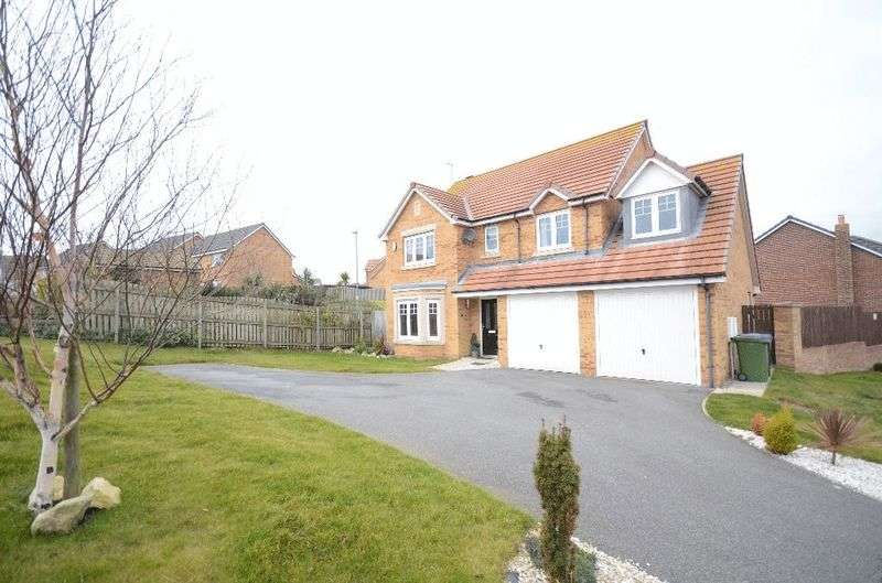 5 Bedrooms Detached House for sale in Staithes Court, Seaham