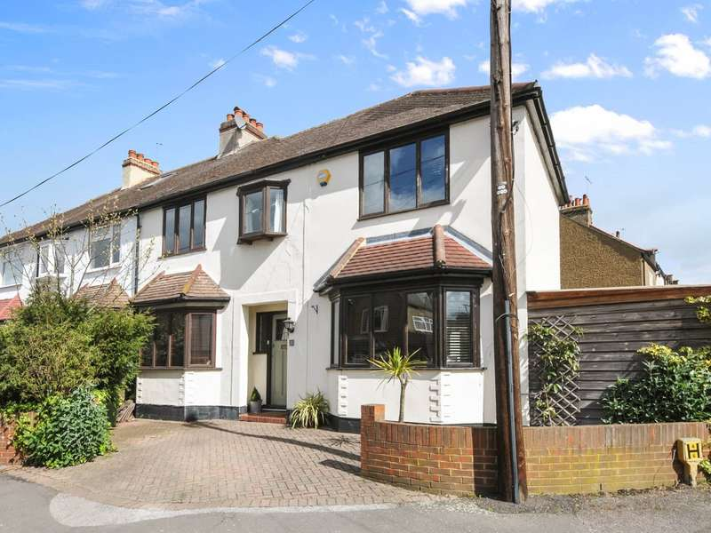 Flat in  Ditton Hill Road  Long Ditton  Surbiton  KT6  Richmond