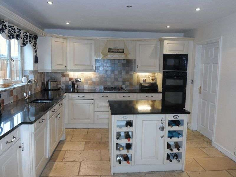 6 Bedrooms Detached House for sale in Dunham-on-trent, Newark