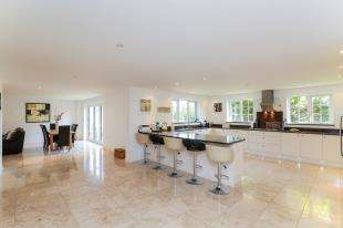 4 Bedrooms Detached House for sale in Royles Close, Rottingdean, Brighton, East Sussex