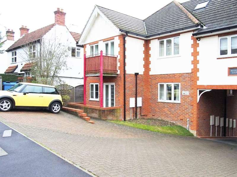 1 Bedroom Flat for sale in Chapel Lane, High Wycombe