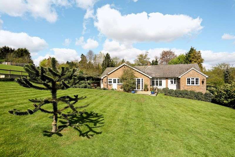 5 Bedrooms Detached Bungalow for sale in Watton At Stone, Hertfordshire