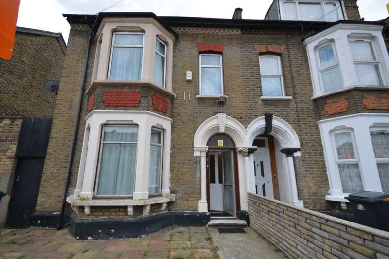 5 Bedrooms House for sale in Clova Road, Wanstead Park