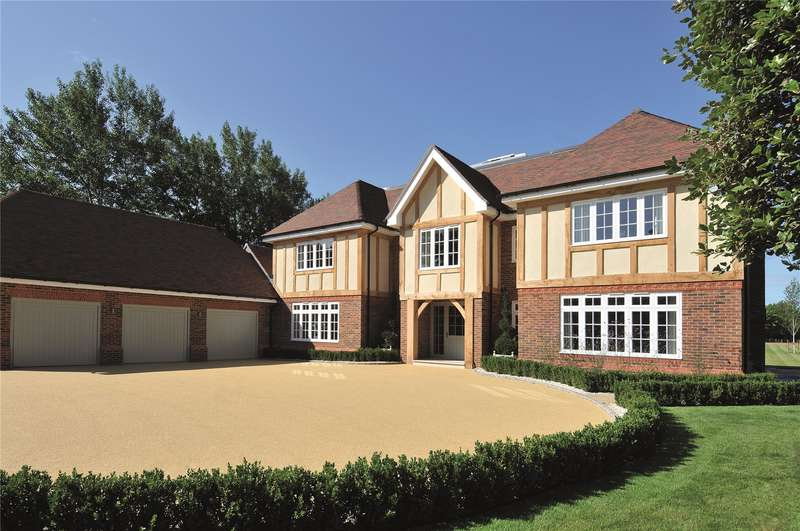 5 Bedrooms Detached House for sale in Carthouse Lane, Horsell, Surrey, GU21