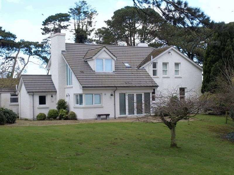 4 Bedrooms Detached House for sale in Detached Rural Dwelling