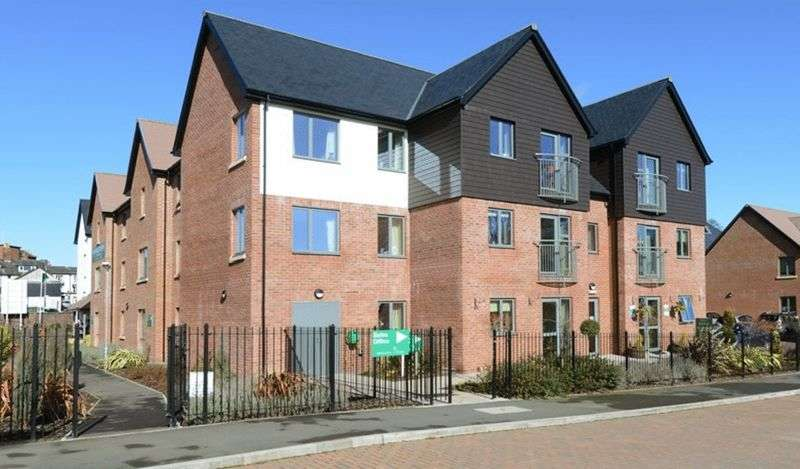 2 Bedrooms Flat for sale in Jebb Court, Dairy Grove, Shropshire. SY12 0GA