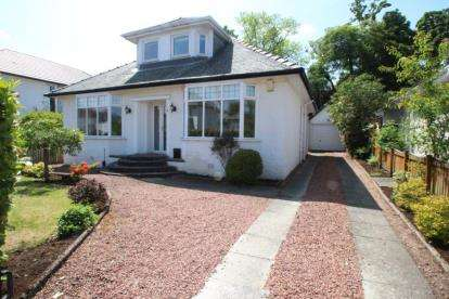 4 Bedrooms Bungalow for sale in Broomvale Drive, Newton Mearns
