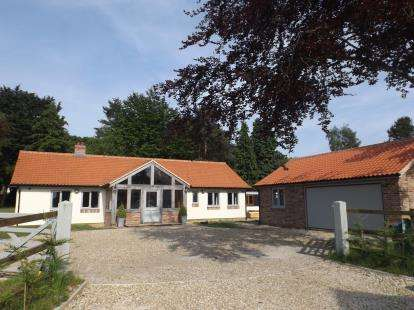 3 Bedrooms Bungalow for sale in Tittleshall, King's Lynn, Norfolk