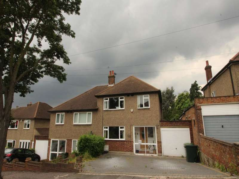 3 Bedrooms Semi Detached House for sale in Midhurst Hill, Bexleyheath, DA6