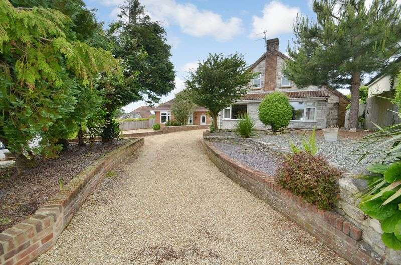 3 Bedrooms Detached Bungalow for sale in Radipole Lane, Weymouth