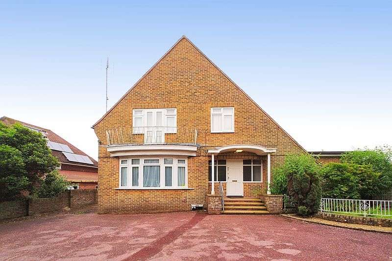8 Bedrooms Detached House for sale in Fordwater Road, Chichester PO19