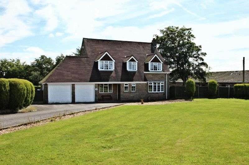 3 Bedrooms Detached House for sale in The Green, Stoke-On-Trent