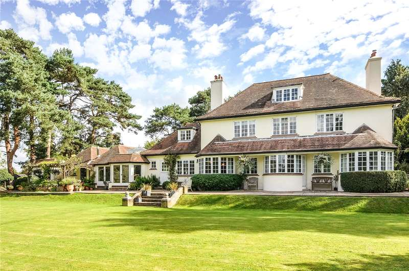 5 Bedrooms Detached House for sale in London Road, Crowborough