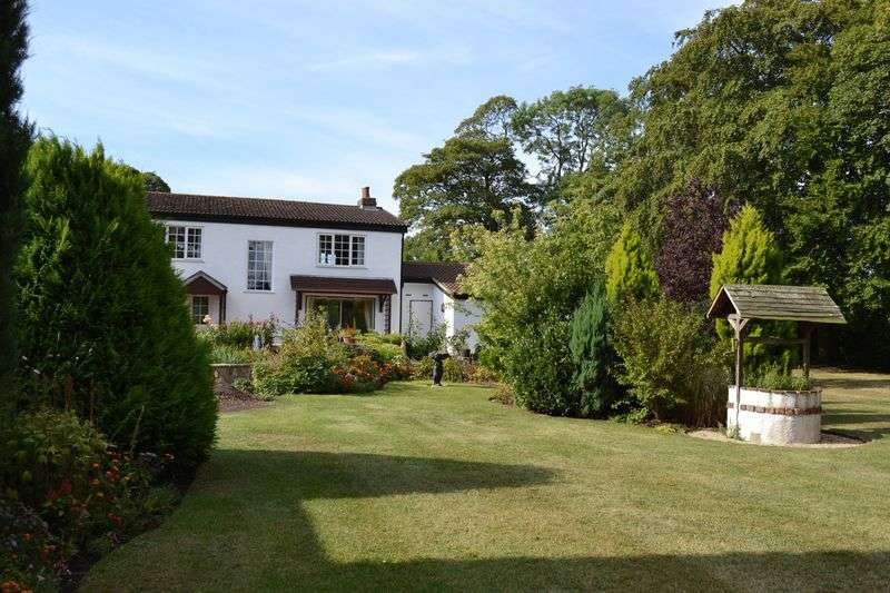 3 Bedrooms Detached House for sale in Ferry Road, Goxhill, DN19