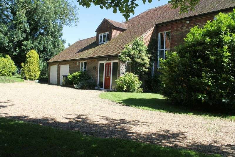 5 Bedrooms Detached House for sale in West Hougham