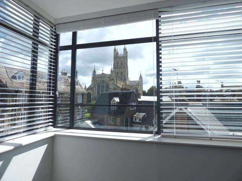 2 Bedrooms Flat for sale in Cathedral House is a select development of 15 contemporary apartments