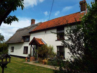 4 Bedrooms Detached House for sale in Ashfield, Stowmarket, Suffolk