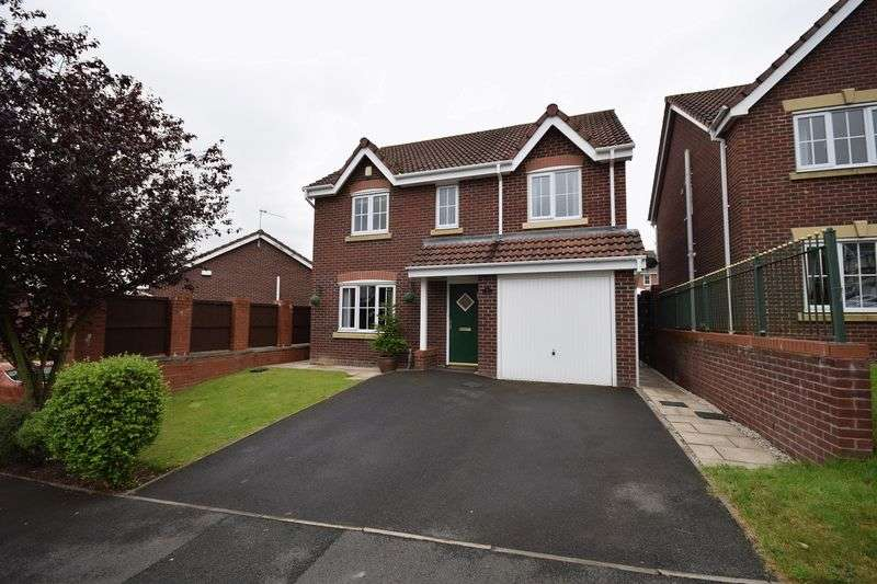 4 Bedrooms Detached House for sale in Emerald Way, Milton
