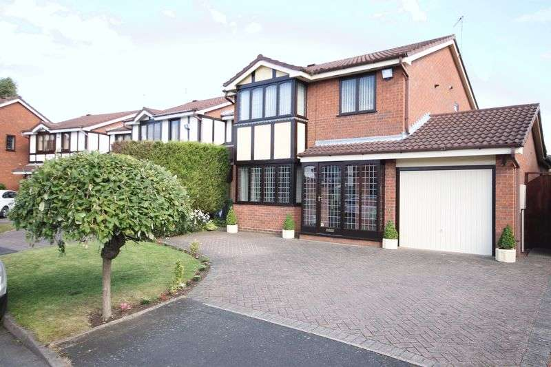 4 Bedrooms Detached House for sale in Ganton Road, Walsall