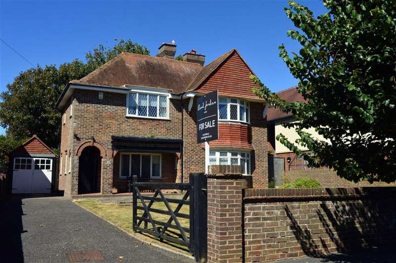 3 Bedrooms Property for sale in Rother Road, Seaford, East Sussex