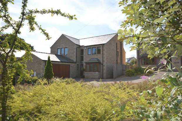 5 Bedrooms Detached House for sale in Scotgate Fold, Honley, HOLMFIRTH, West Yorkshire